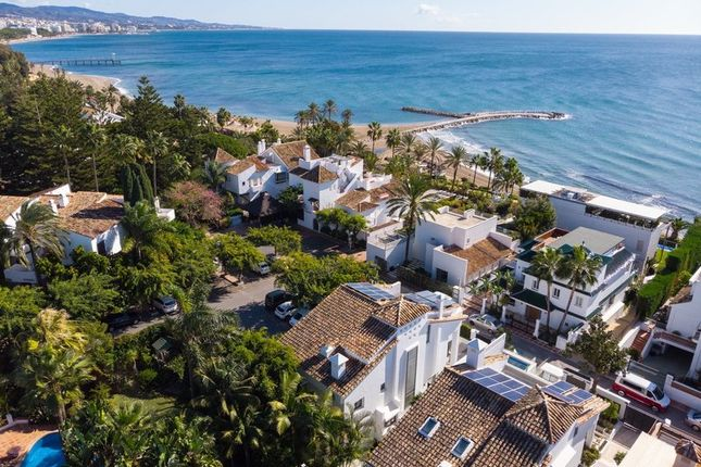 Thumbnail Villa for sale in Marbella, Malaga, Spain