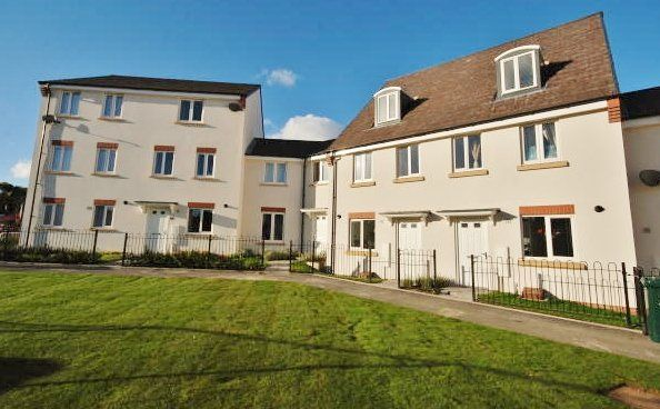 Thumbnail Town house to rent in Grenadier Drive, Stoke Village, Coventry