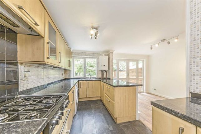 Thumbnail Property to rent in Frankland Close, London