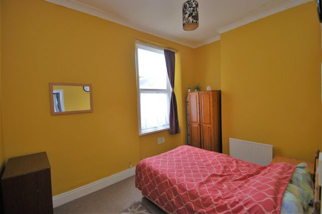Bedroom of May Terrace, Plymouth PL4