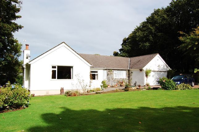 3 bed bungalow for sale in Glen Road, Ballaugh