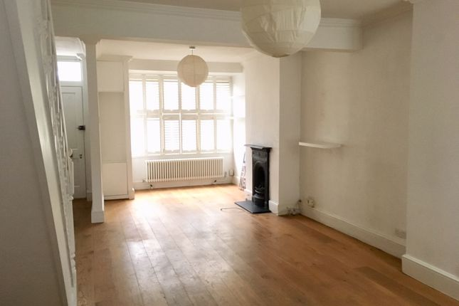 2 bed semi-detached house to rent in Underdown Road, Southwick