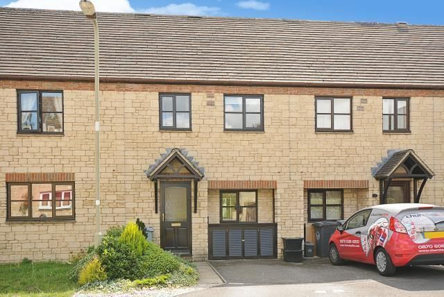 Thumbnail Semi-detached house to rent in Witney, Deer Park
