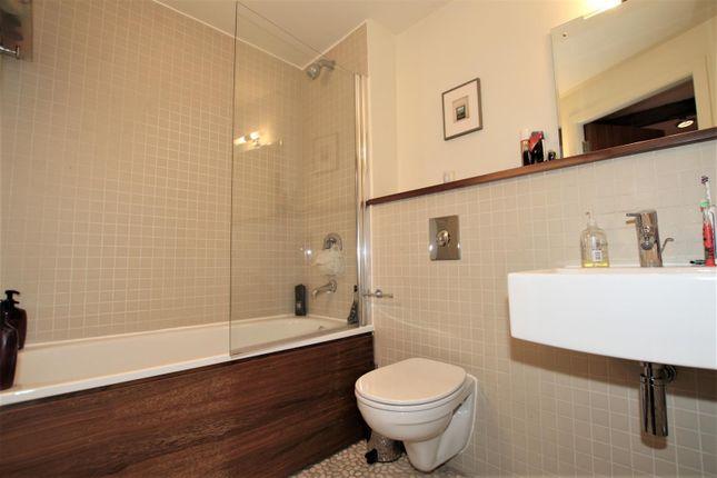 Bathroom 1 of Royal Mills, 2 Cotton Street, Manchester M4