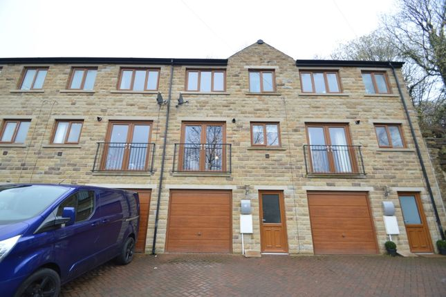 Thumbnail Town house for sale in Burnley Road, Luddendenfoot, Halifax