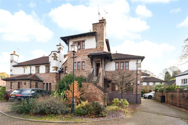 Thumbnail Flat to rent in Balmoral Close, Knutsford, Cheshire