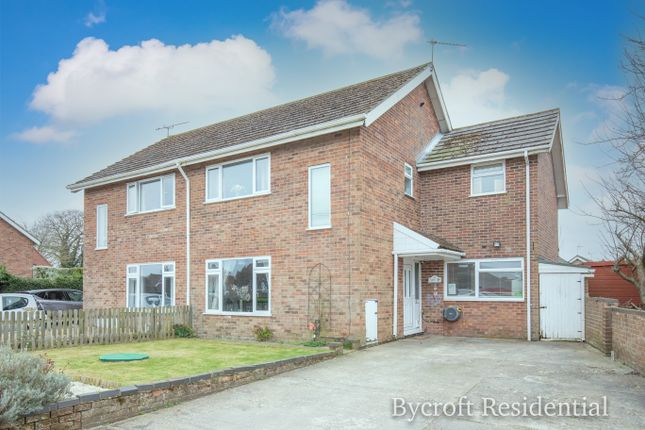 4 bed semi-detached house for sale in School Road, Potter Heigham, Great Yarmouth NR29
