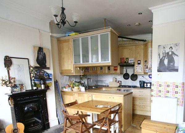 Thumbnail Maisonette to rent in Grove Lane, Camberwell, London