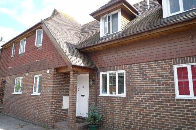 Thumbnail Flat to rent in St. Marys Drive, Sevenoaks