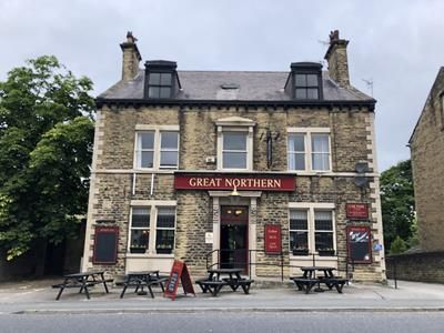 Thumbnail Pub/bar for sale in Great Northern, 538 Leeds Road, Idle, Bradford