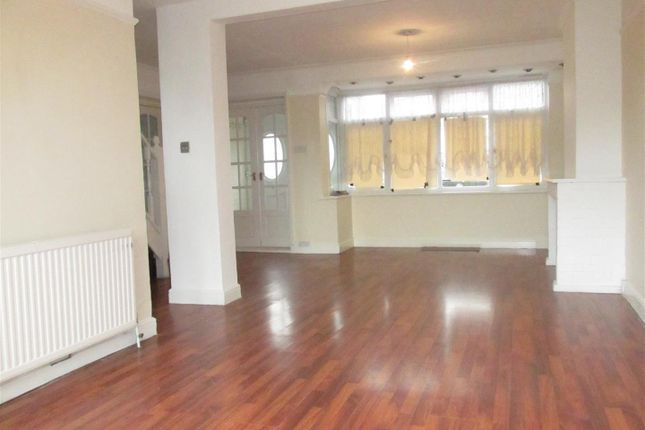 Thumbnail Detached house to rent in Cambourne Avenue, London