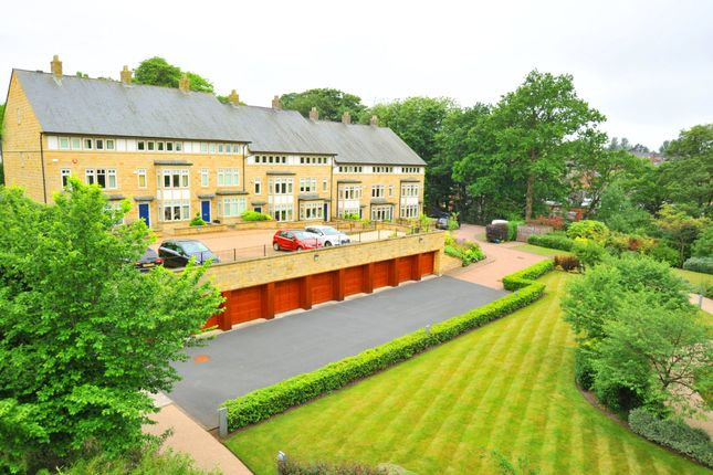Thumbnail Town house to rent in Royal Gardens, Harrogate
