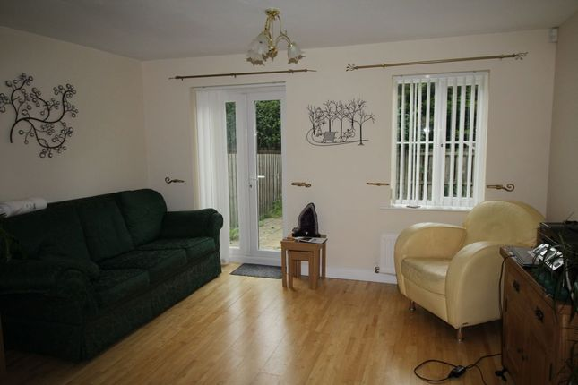 Thumbnail Semi-detached house to rent in Horton Close, Consett
