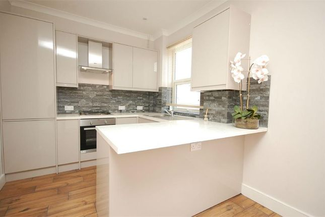Thumbnail End terrace house to rent in Victoria Avenue, Hounslow