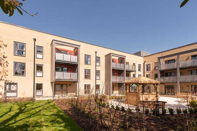 2 bedroom flat for sale in Stock Way South, Nailsea, Bristol