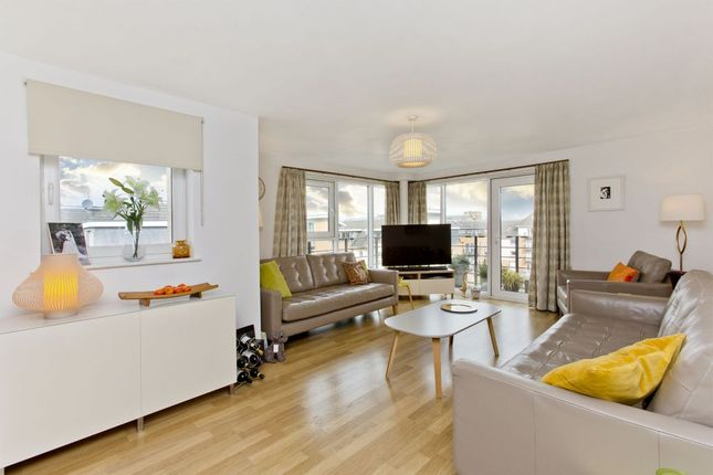 Thumbnail Flat for sale in Appin Place, Edinburgh