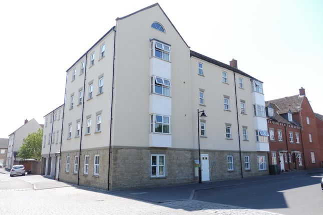 Thumbnail Flat to rent in Zander Road, Calne, Wiltshire