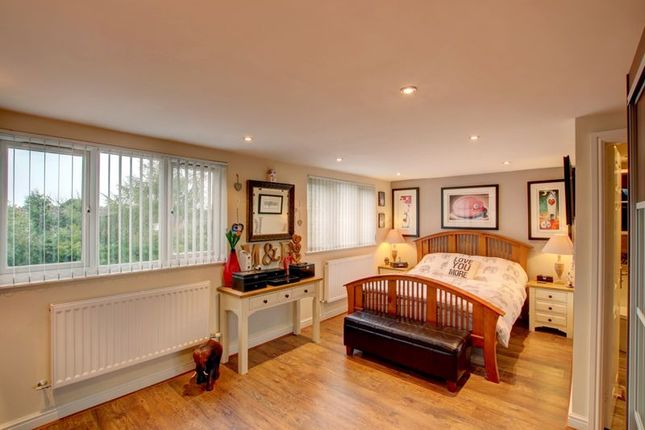 Master Bedroom of Alcester Road, Studley B80
