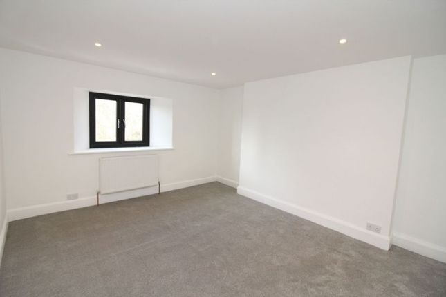 Thumbnail Flat to rent in 89 - 91 Fore Street, St Marychurch, Torquay