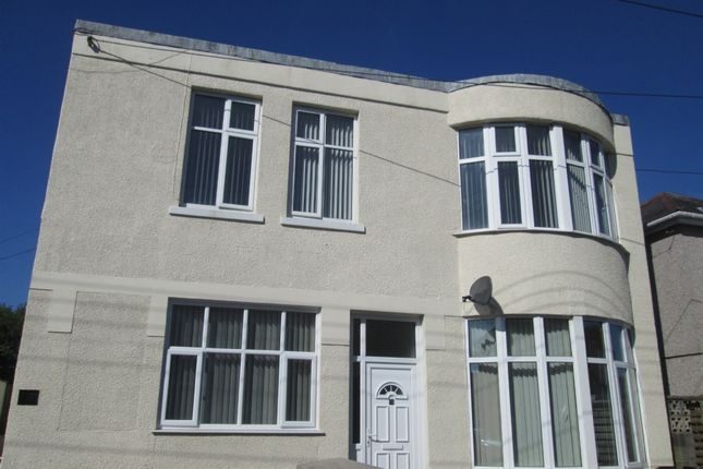 Thumbnail Flat to rent in Lone Road, Clydach, Swansea. 5Hu.