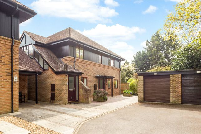 Thumbnail Flat for sale in Baytree Close, Chichester, West Sussex