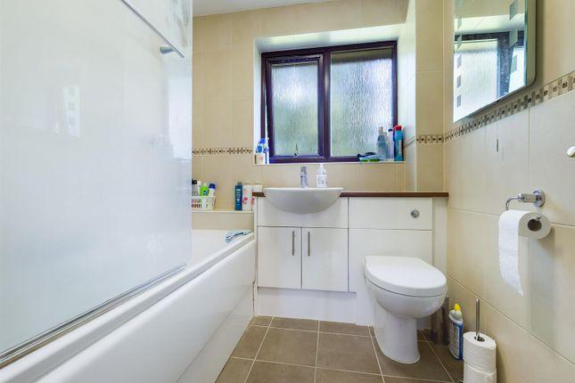 Family Bathroom of Long Copse Chase, Chineham, Basingstoke RG24