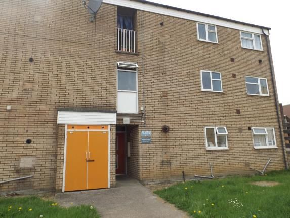 Thumbnail Flat for sale in Hanbury Close, Chesterfield, Derbyshire