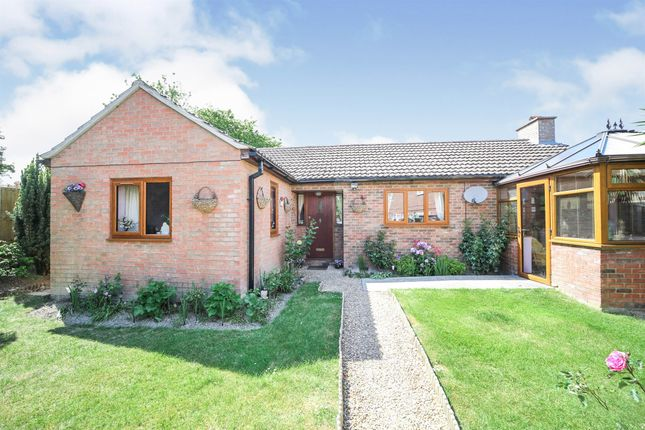 3 bed detached bungalow for sale in Orchard Way, Burwell, Cambridge CB25