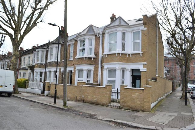Thumbnail Maisonette to rent in Newton Avenue, South Acton, London