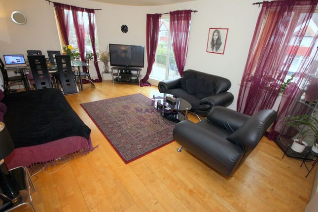 2 bed flat for sale in 1 Llanvanor Road, Childs Hill, Finchley, London