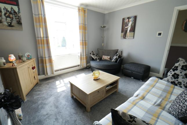 Lounge of Washington Road, Goldthorpe, Rotherham S63