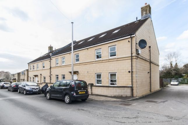 2 bedroom flat for sale in Albany Court, Albany Road, Bath