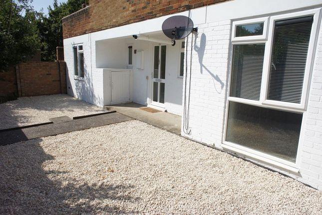 Thumbnail Flat to rent in Chevers Pawen, Pitsea, Basildon
