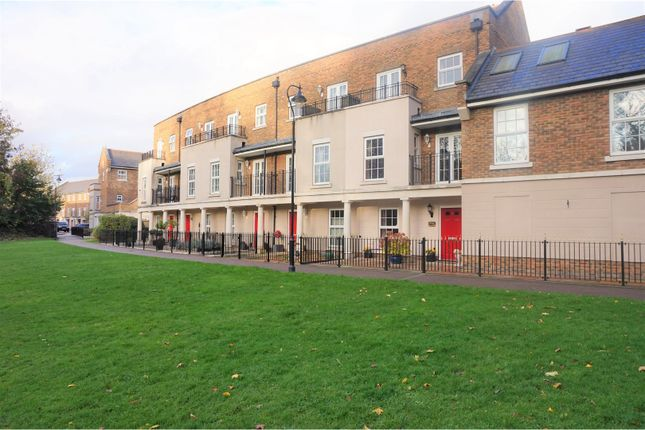 Thumbnail Terraced house for sale in Eleanor Walk, Greenhithe