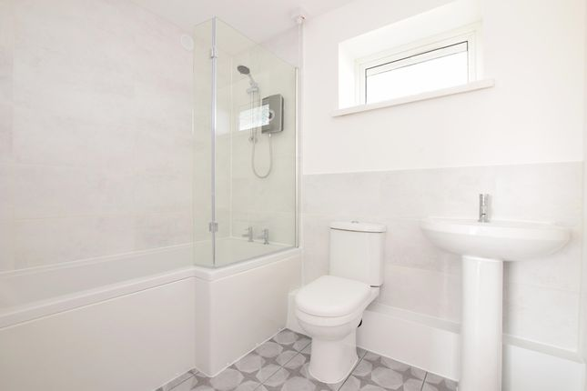 Thumbnail Flat to rent in Wingfield Street, Portsmouth