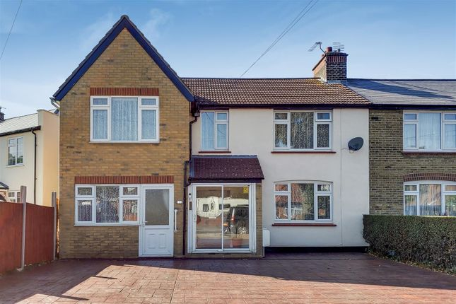 Thumbnail Semi-detached house for sale in Carlton Avenue, Greenhithe