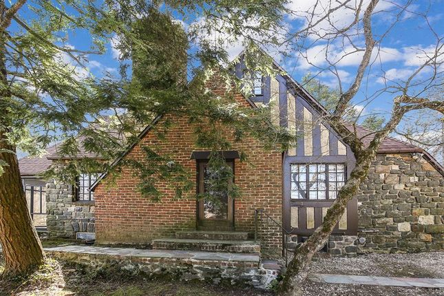 Property for sale in 7 East Drive Larchmont Ny 10538, Larchmont, New York, United States Of America