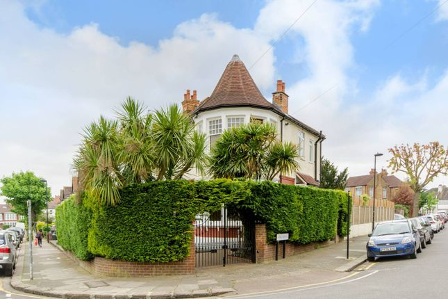 Thumbnail Property for sale in Lodge Drive, Palmers Green