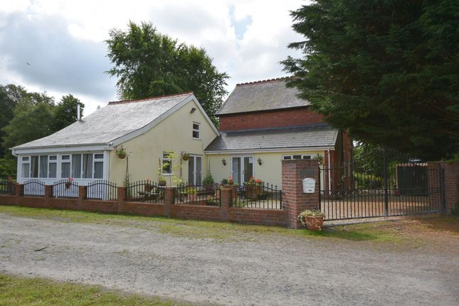 Thumbnail Country house for sale in Station Road, Llanrtwyd Wells