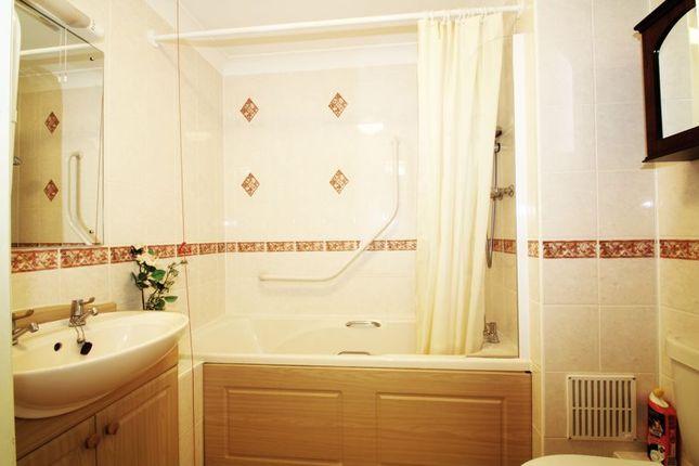 Bathroom of Popes Lane, Totton, Southampton SO40