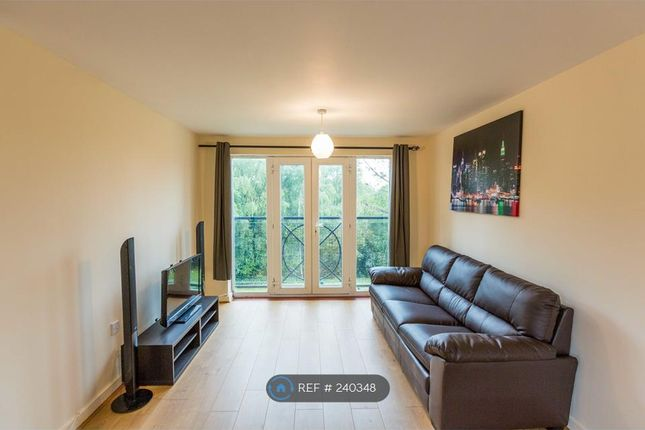 Thumbnail Flat to rent in Foxglove Path, London