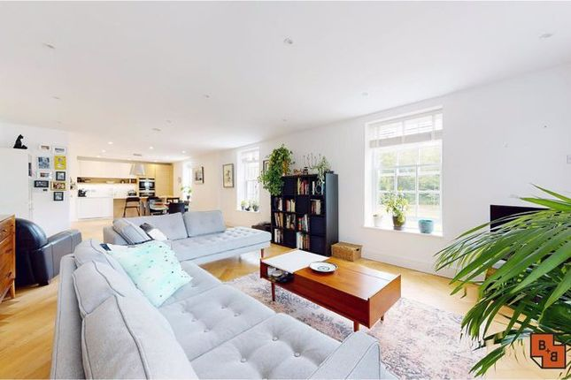 Thumbnail Flat for sale in West Common Road, Bromley