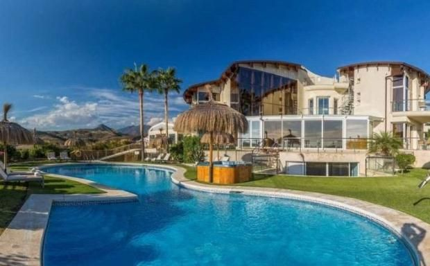 Thumbnail Apartment for sale in Los Flamingos Golf, Benahavis, Costa Del Sol