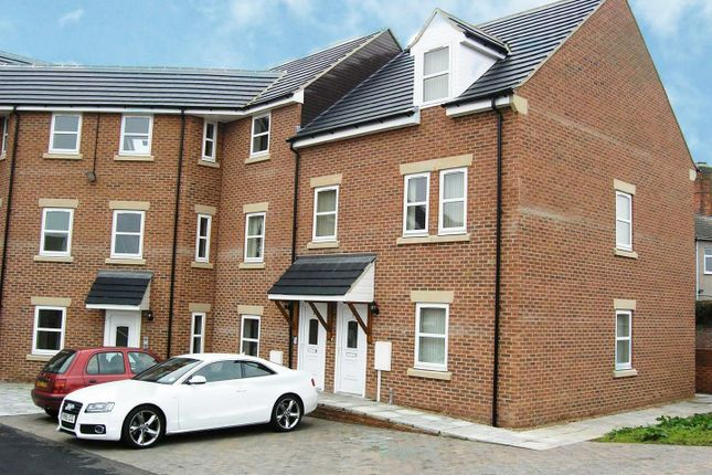 Thumbnail Flat to rent in Hardwick House, Heath Road, Holmewood, Chesterfield, Derbyshire