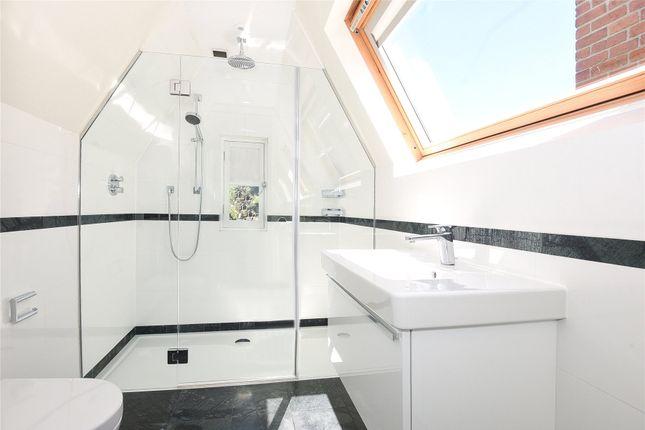 Bathroom of Norham Gardens, Oxford OX2