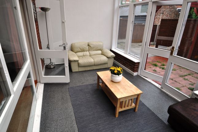 Thumbnail Shared accommodation to rent in Russell Road, Forest Fields, Nottingham