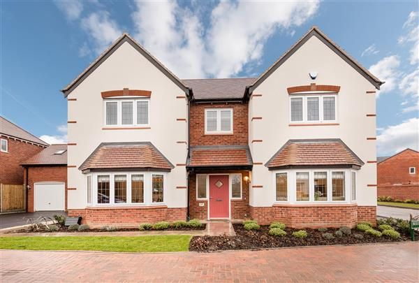 Thumbnail Detached house to rent in Beech Lane, Dickens Heath, Solihull
