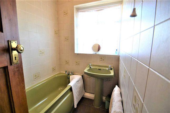 Bathroom of Westminster Gardens, Barkingside, Ilford IG6