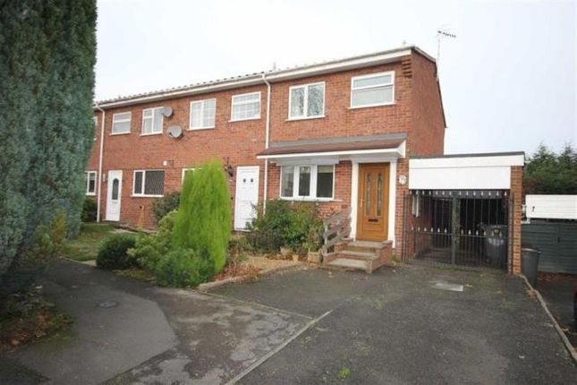 Thumbnail Town house to rent in Padstow Way, Stoke-On-Trent