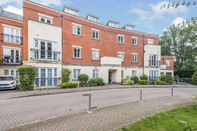 Thumbnail Penthouse for sale in Providence Park, Southampton